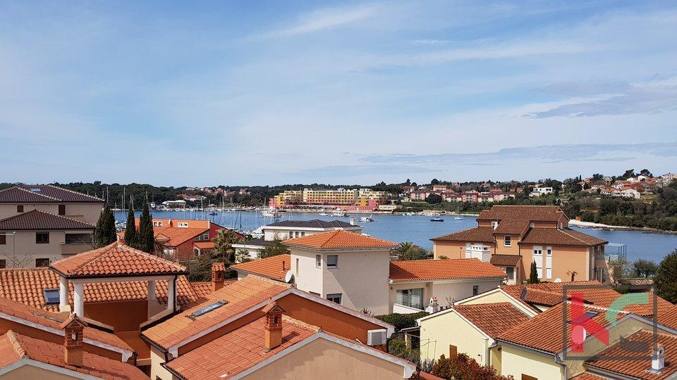 Istra - Volme stan u novogradnji u blizini mora i marine