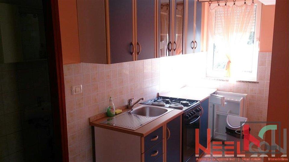 House, 410 m2, For Sale, Vodnjan - Peroj