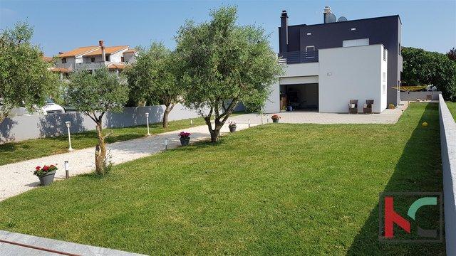 Haus, 250 m2, Verkauf, Fažana