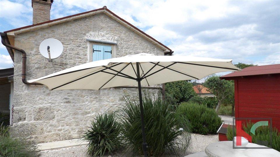 Labin, Veli Turini casa in pietra 100m2 con giardino di 475m2