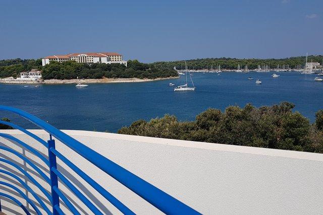 Pula, Pješćana uvala, prestigiosa villa con vista panoramica sul mare