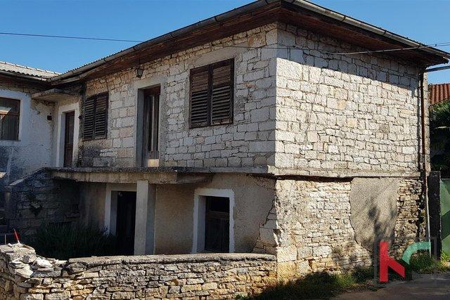 Žminj, Steinhaus 160m2 für den Wiederaufbau