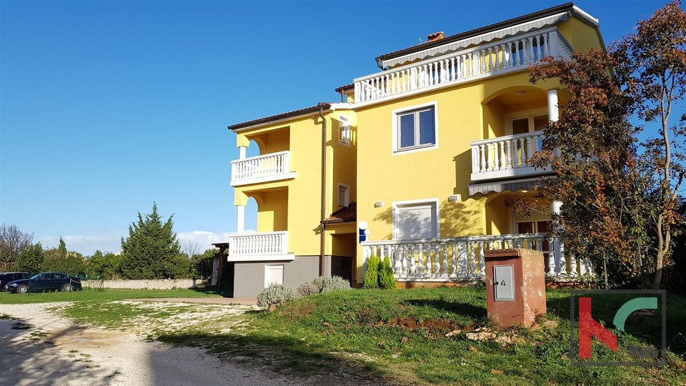Istria - Medulin, attractive house with 400m2 apartments near the sea