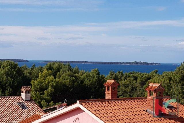 Istra - Fažana, konforan stan 74,98m2 s panoramskim pogledom na Brijune i more