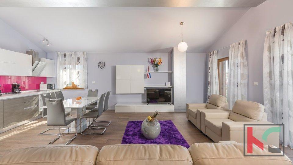 House, 450 m2, For Sale, Medulin - Premantura
