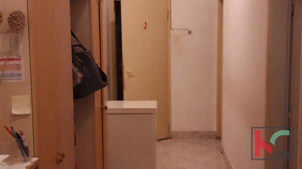 Pula, Wohnung mit zwei Schlafzimmern im Stadtzentrum