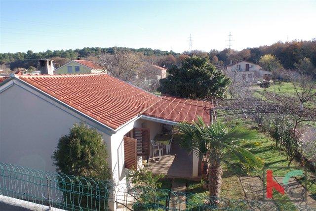 Istrien, Pula, Erdgeschosshaus mit 934m2 Land