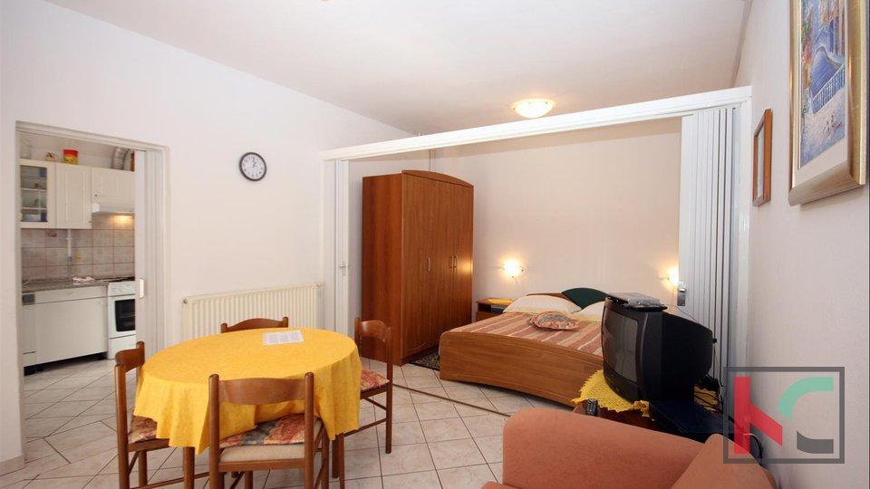 Pula, casa Veruda Porat con grande appartamento duplex e tre appartamenti