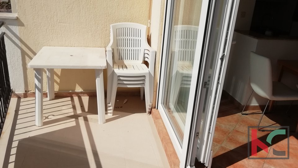 Medulin, two bedroom apartment 43.30m2 first row to the sea