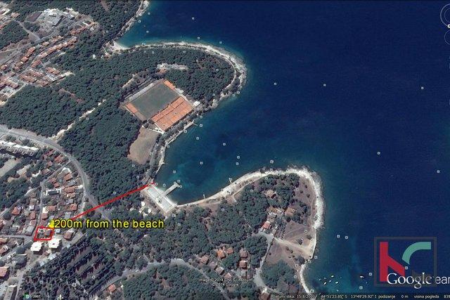 Pula, Stoja kuća 296m2 sa 543m2 okućnice, 200m od plaže.
