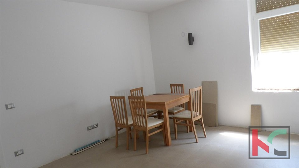 Pula, Centar apartment 114,90m2 near Arena with a sea view