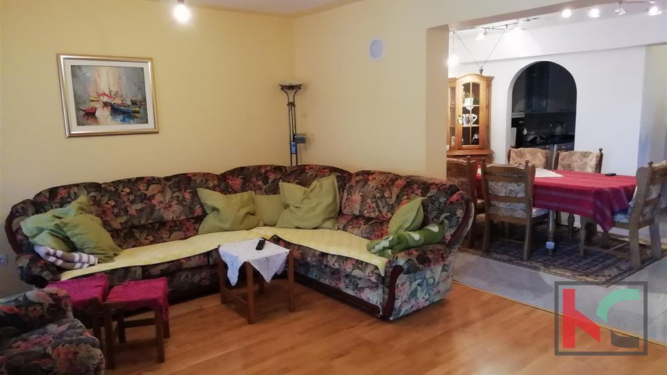 Fažana, Valbandon family house 350m2 in a quiet location