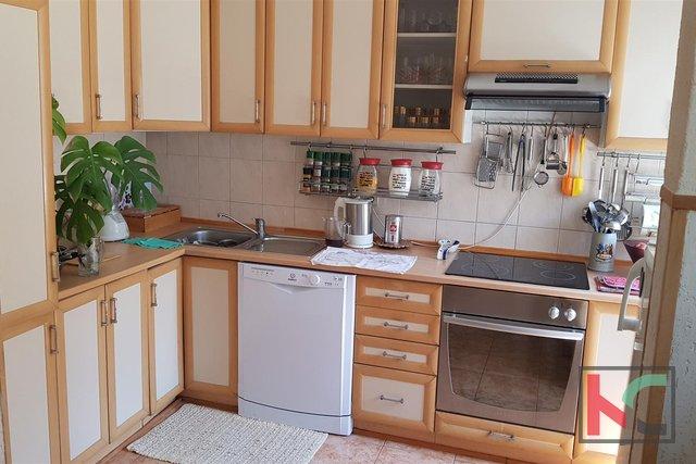 Pula, Veruda, Wohnung 99,55 m2 in der Nähe des Marineparks