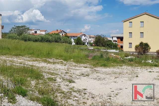Medulin - Ližnjan, 1246m2 plot for the construction of apartments with sea view