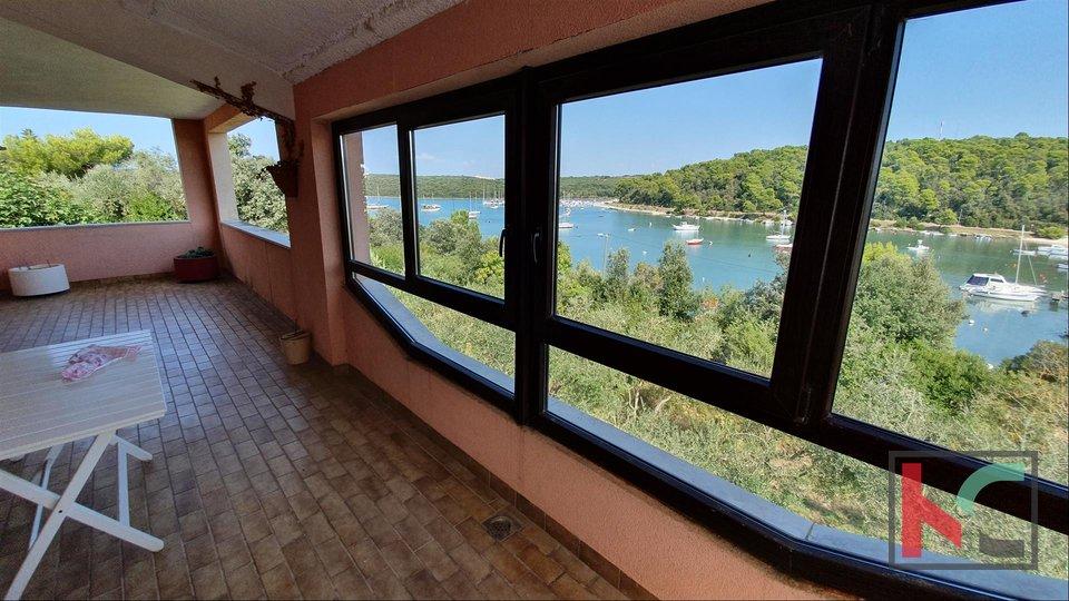 Pula, Medulin - Banjole, Haus am Meer / Toplage - exklusiver Verkauf