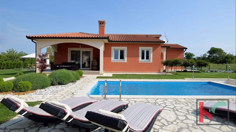 Istria, Labin house 168m2 with swimming pool and garden 1623m2