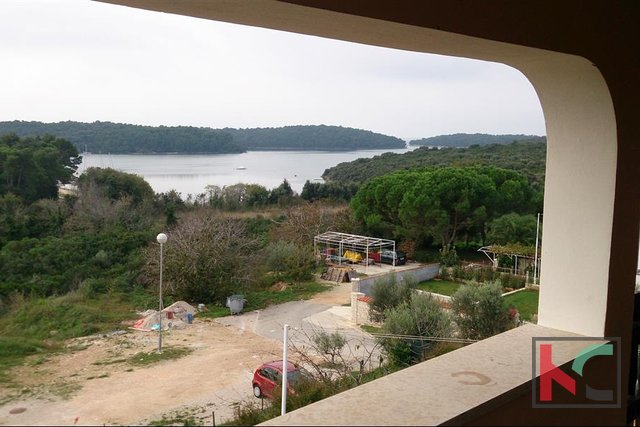 Vinkuran, house 265m2 with 438m2 of garden, sea view