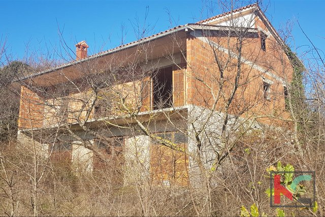 Istra, Loborika, Radeki roh bau house 360m2 with garden of 1467m2