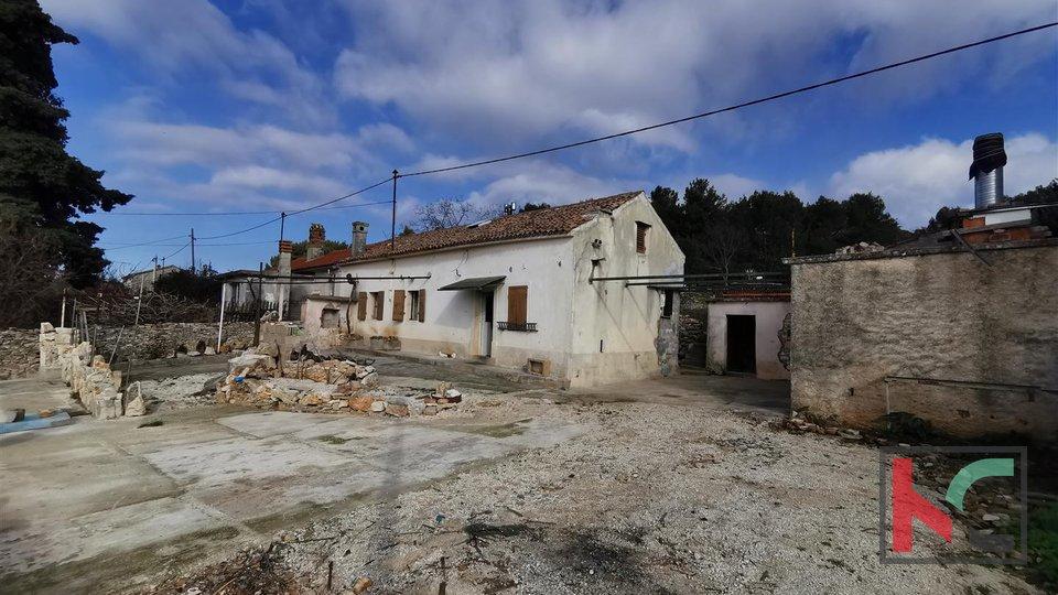 Haus, Monte Sherpo auf 608m2 Garten