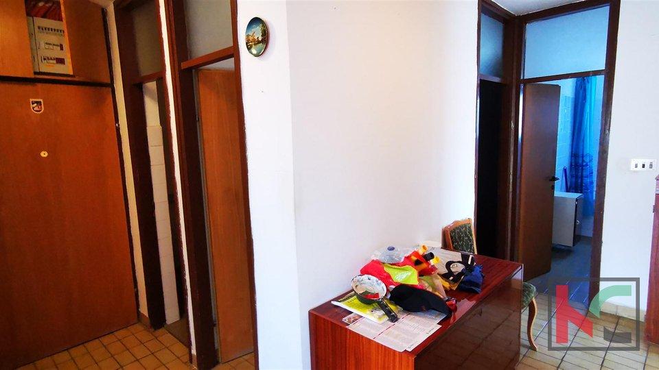 Pula. Šijana, apartma 78,95m2, 2 spalnici, 2 terasi - funkcionalna postavitev