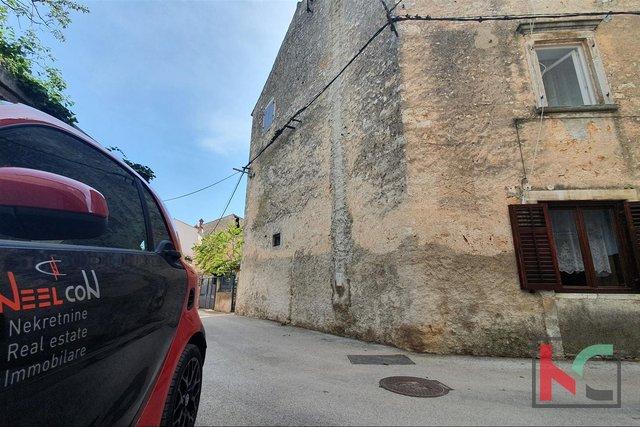 Istrien, Vodnjan, Haus 175m2 mit 100m2 Garten und Garage