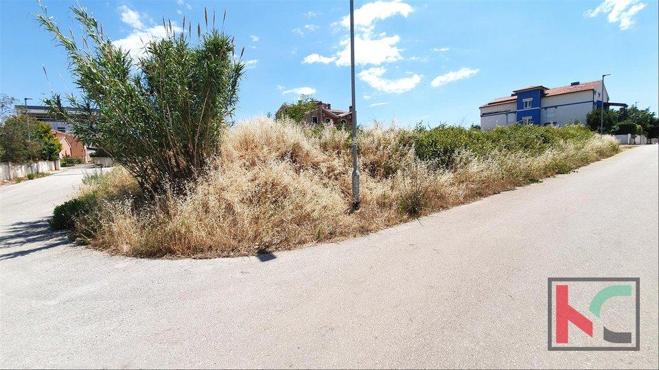 Istria - Banjole - Volme, building land with sea view