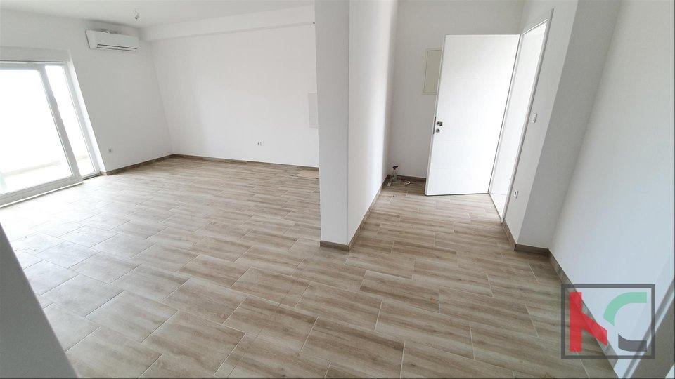 Istria, Peroj-Barbariga, Apartment 102.89 m2 with sea view