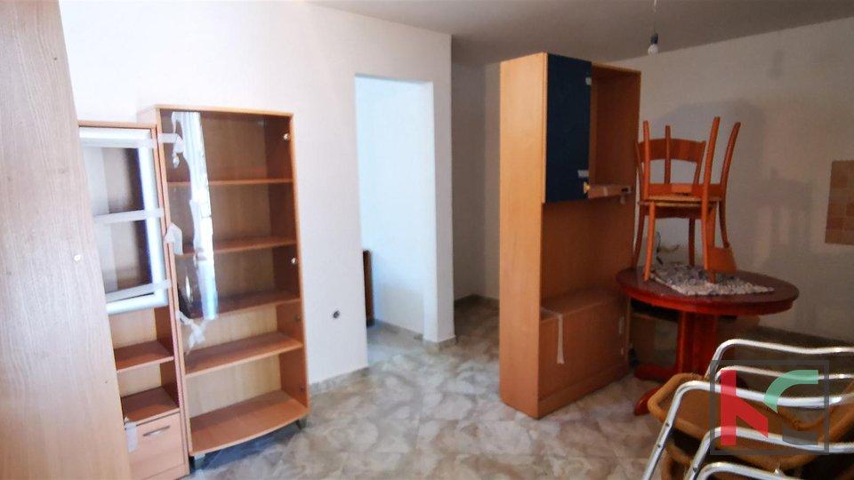 Pula, Šijana, renovated four bedroom apartment 77m2