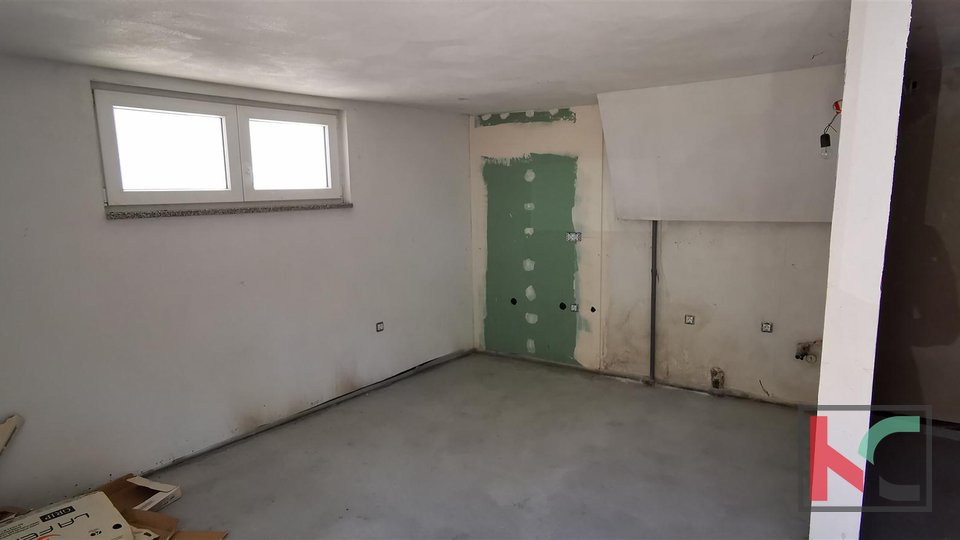 Pula, Šijana, completely renovated apartment 109m2 with two units