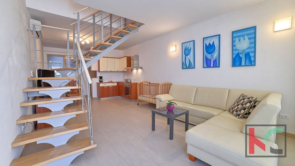 Istrien, Premantura - Volme, Wohnung mit vier Schlafzimmern 83,99 m2 mit Pool