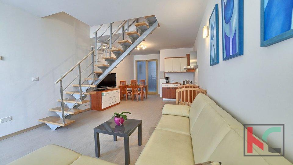 Istria, Premantura - Volme, four bedroom apartment 83.99 m2 with pool
