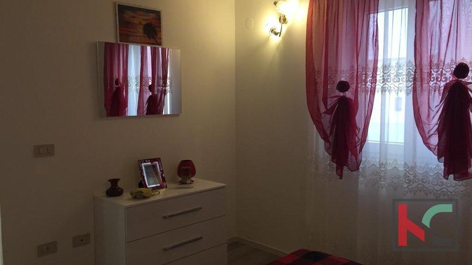 Istra, Premantura - Volme, kuća 76,51m2, 3 spavaće sobe i vrt od 204m2
