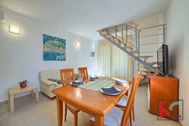 Istrien, Premantura - Volme, Apartment mit drei Schlafzimmern 67,19 m2 mit Pool