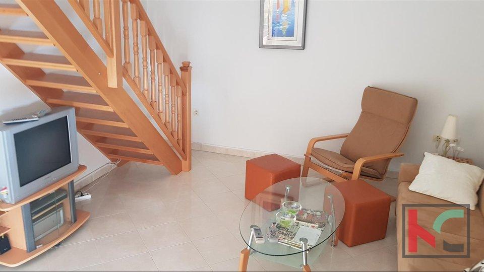Istria, Liznjan appartamento di tre stanze 80,74 m2 con vista mare