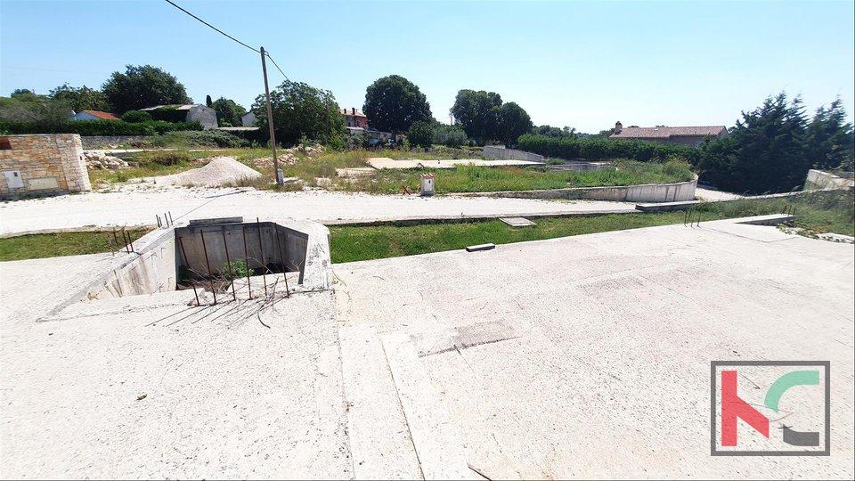 Istrien, Svetvincenat, Smoljanci, Land 970m2 mit einem Projekt