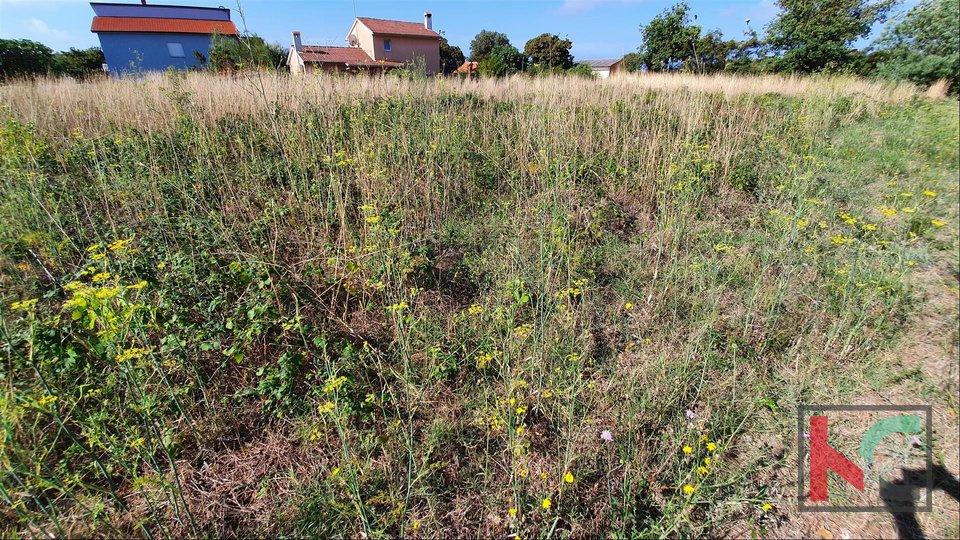 Istrien, Medulin - Ližnjan Grundstück für den Bau von Familien- und Mehrfamilienhäusern II GELEGENHEIT 80 € / m2 II