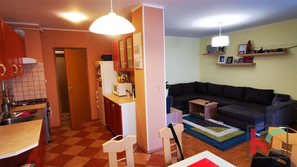 Pula, Šijana, Wohnung mit drei Schlafzimmern 69,92 m2