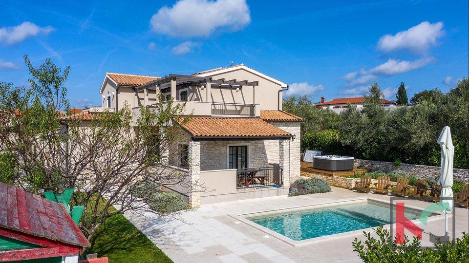 Istria, Smoljanci, Unique Villa complex on 4861m2