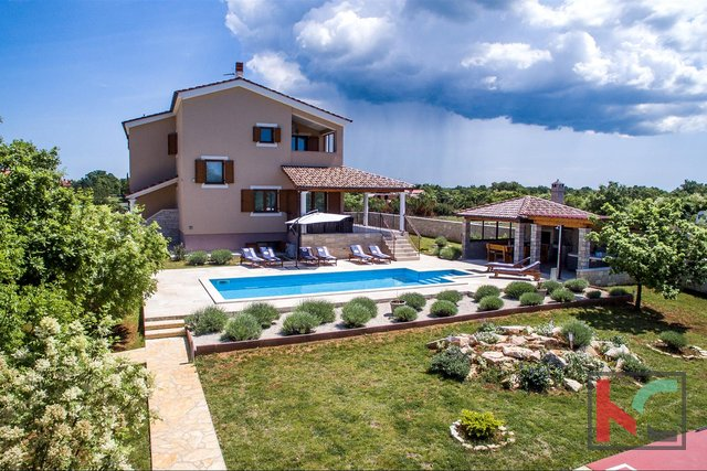 Štokovci - Luxury 4* Villa with a garden of 2000m2