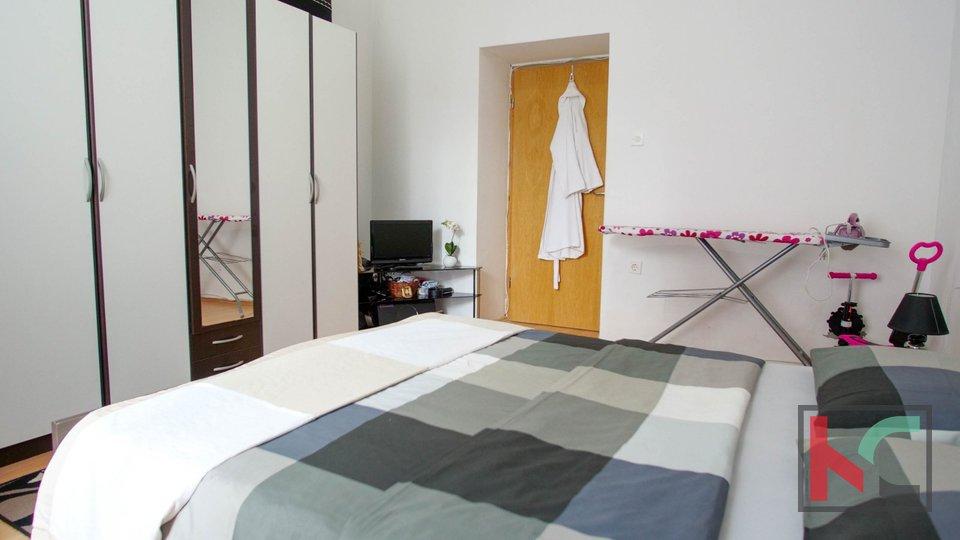 Pula, Šišansko naselje, sunčan stan 72,72m2 sa 2 spavaće sobe + Dnevni boravak