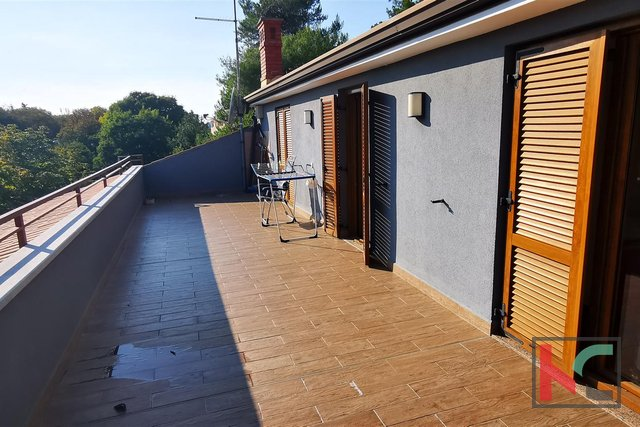 Pula, Šijana, sunny apartment 91.14 m2 modernly renovated