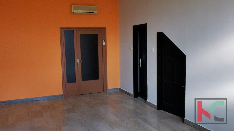 Pula, Šijana, Bürofläche 109,03 m2