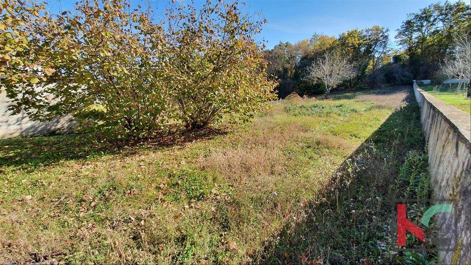 Istrien - Svetvincenat - Peresija, Bauland 1068m2