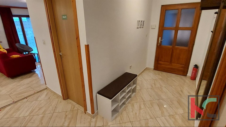 Istrien, Pula, Stinjan zwei Wohnungen mit einer Gesamtfläche von 119 m2