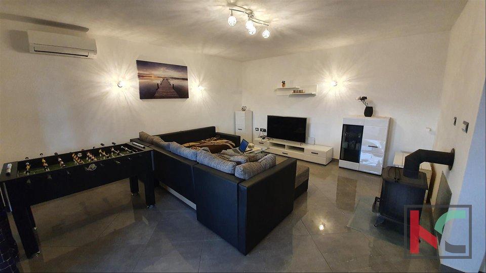 Istrien - Svetvincenat, neu gebautes Haus mit Pool