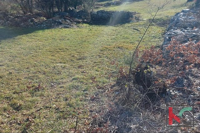 Istria, Kanfanar building land 1053m2 and several different sizes