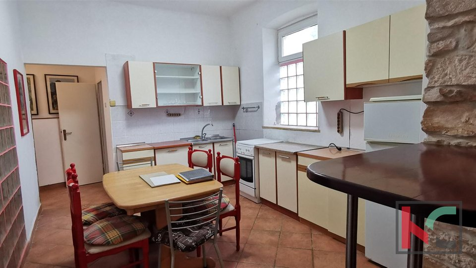 Pula, Veruda, three bedroom apartment 75.26 m2 with garage
