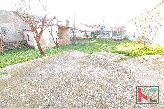 Istrien, Liznjan, Haus und Stall auf einem Grundstück von 378m2