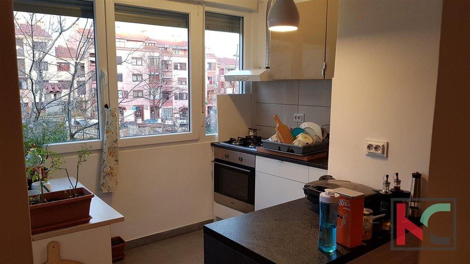Wohnung, 63 m2, Vermietung, Pula - Centar