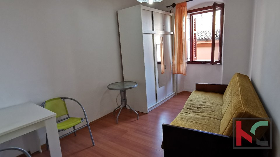 Pula, downtown, apartment 57.67 m2 in the pedestrian zone